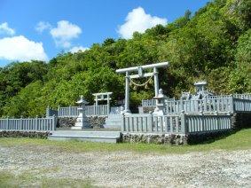 ペリリュー島1日観光|パラオ オプショナルツアー|パシフィックエコツアー